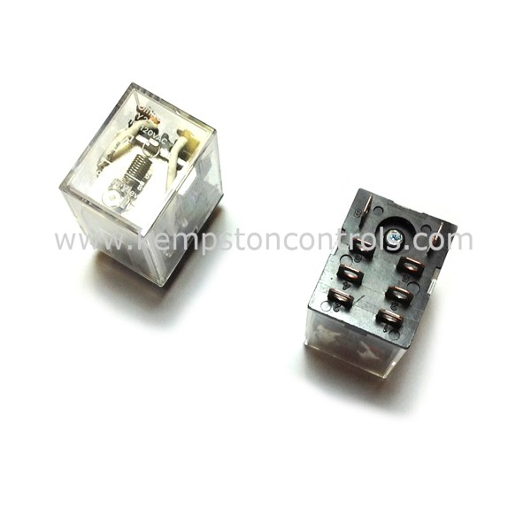 Omron LY2 110/120AC Non-Latching Relays